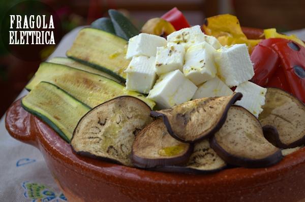 Insalata di verdure grigliate sulla piastra Bionatural